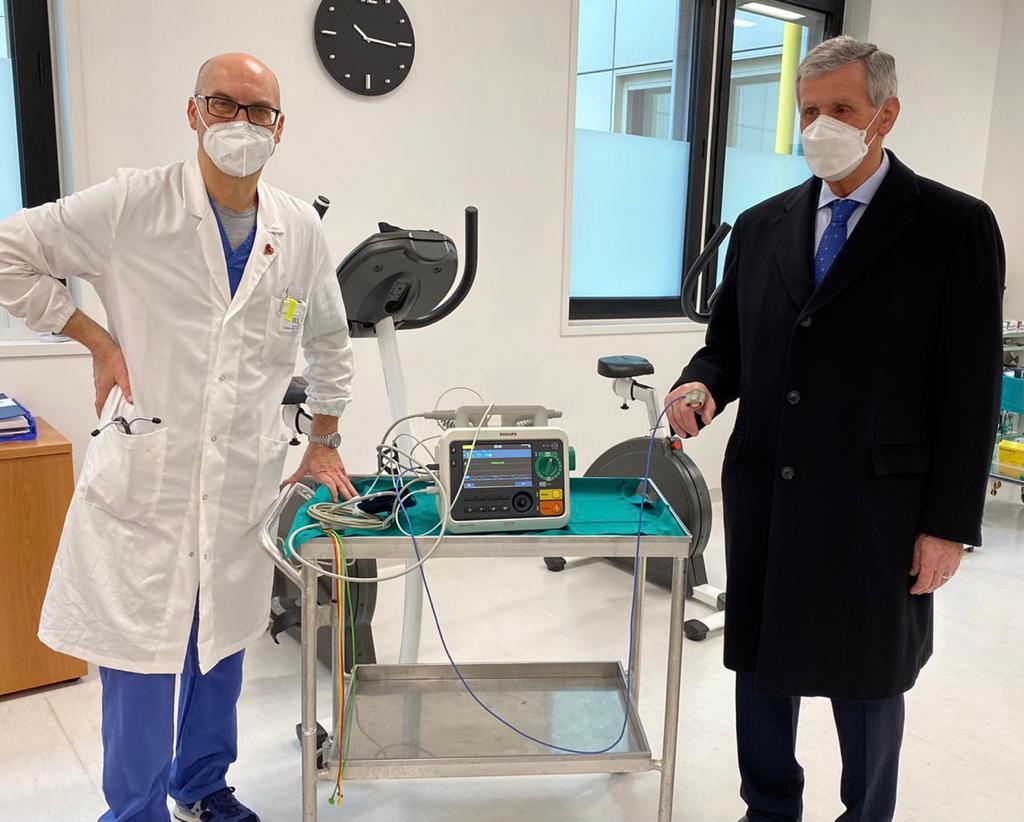 martelli salumi dona defibrillatore